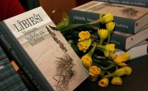 Rīgas svētkos – lībiešu grāmatas, māksla, suvenīri un mūzika