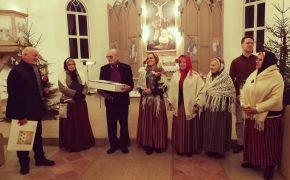 """Rīgas lībiešu dziesmu ansambļa """"Līvlist"""" dzimšanas dienā"""